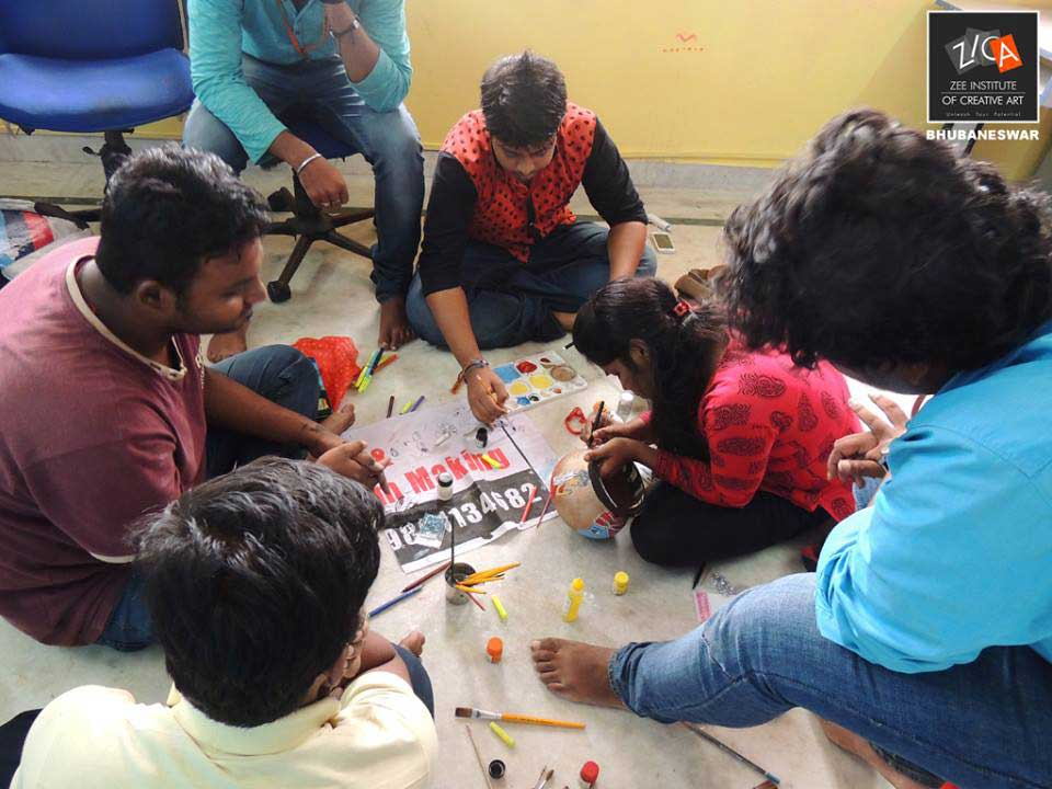 ZICA Bhubaneswar Student activity - Pot Painting Image 7