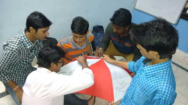 ZICA Bhubaneswar Student activity - Umbrella Painting Image 6