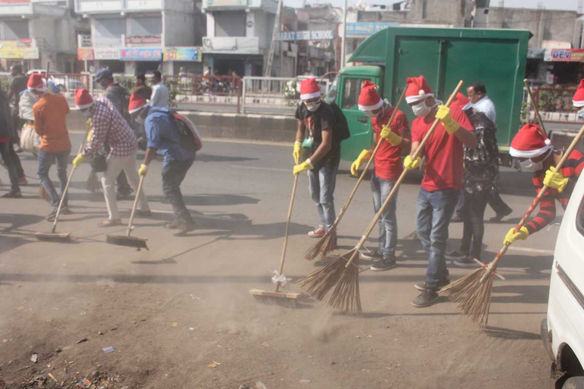 Clean Surat -  Student Activities Image 1