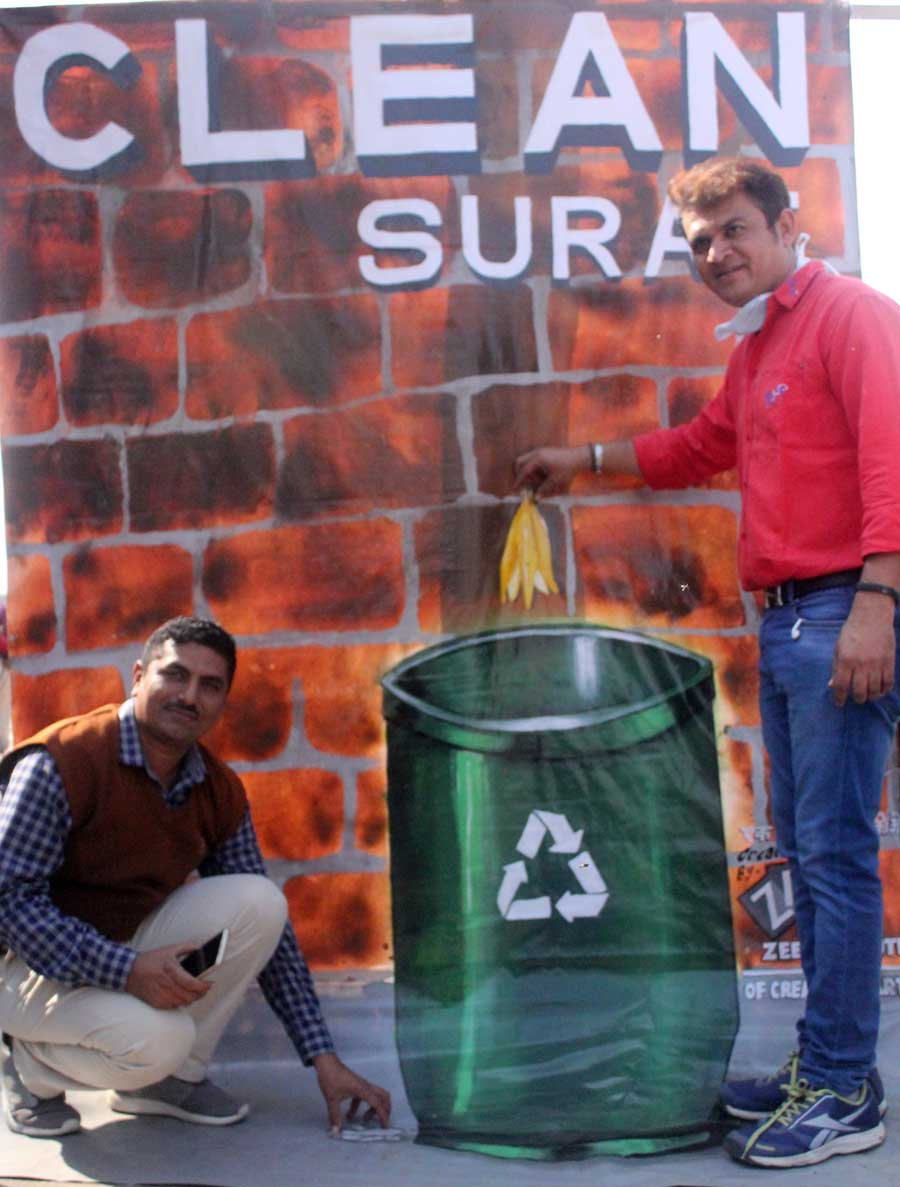 Clean Surat -  Student Activities Image 3